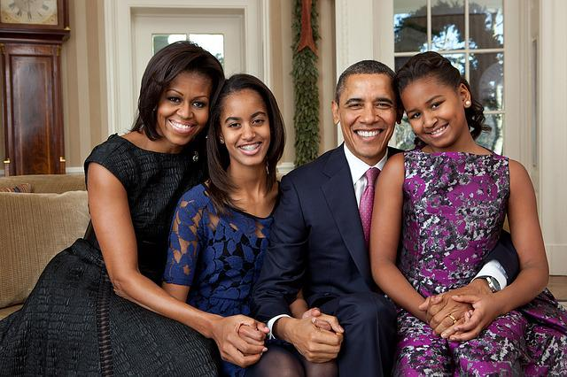 Official Portrait, Obama Family, 2011, Happy, Happiness