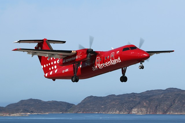 Greenland, Aasiaat Airport, Dash 8, Airplane, Take Off