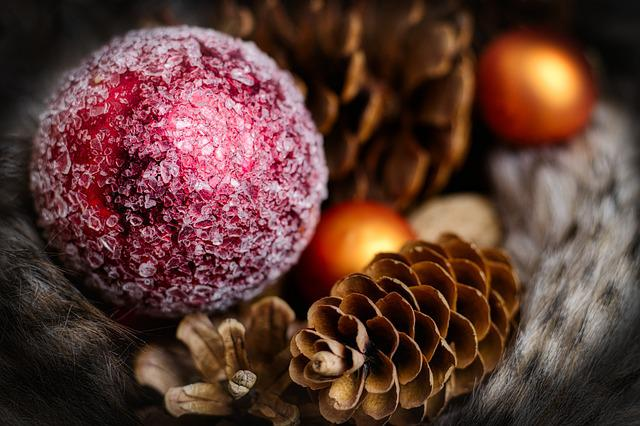 Christmas Bauble, Pine Cones, Christmas, Advent