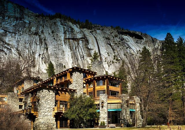 Ahwahnee Hotel, Yosemite National Park, California