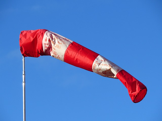 Wind Direction Indicator, Red, White, Air Bag