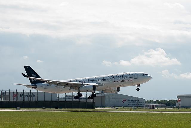 Plane, Star Alliance, Air Canada, Runway, Airport