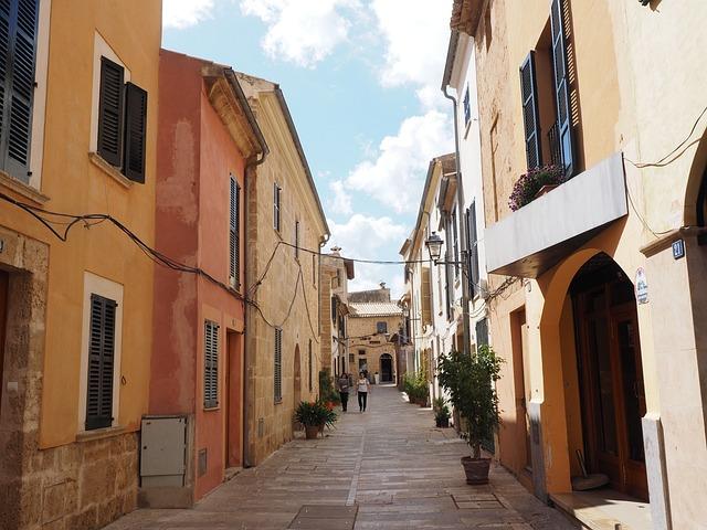 Alley, Road, Alcúdia, Mallorca, Homes, Row Of Houses