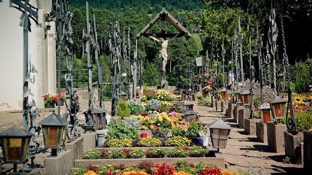 Crucifix, Cemetery, Graves, Aldino, Resting Place