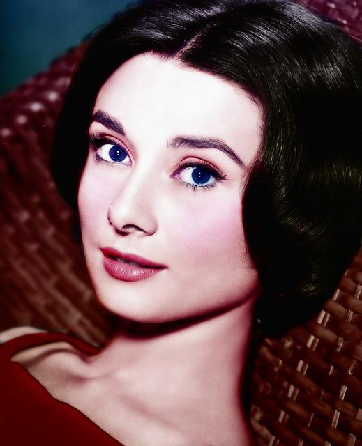 Audrey Hepburn, Retouch, Colorization, Alien