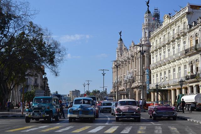 Havana, Cuba, Caribbean, Old Town, Facade, Human, Alive