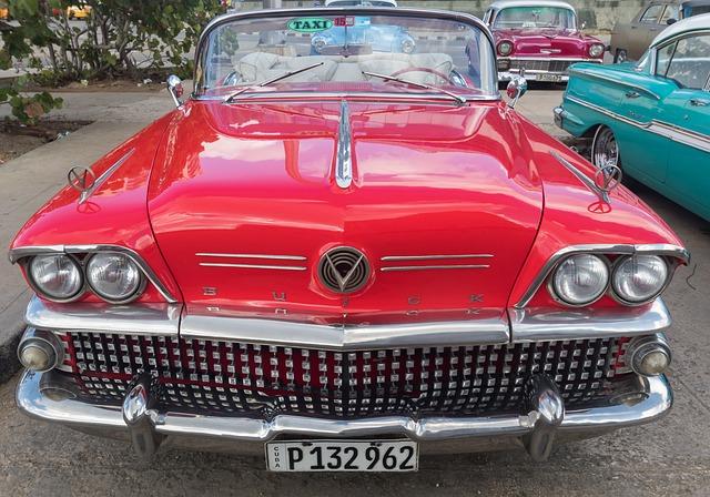 Cuba, Havana, Hotel Riviera, Classic, Almendron, Car