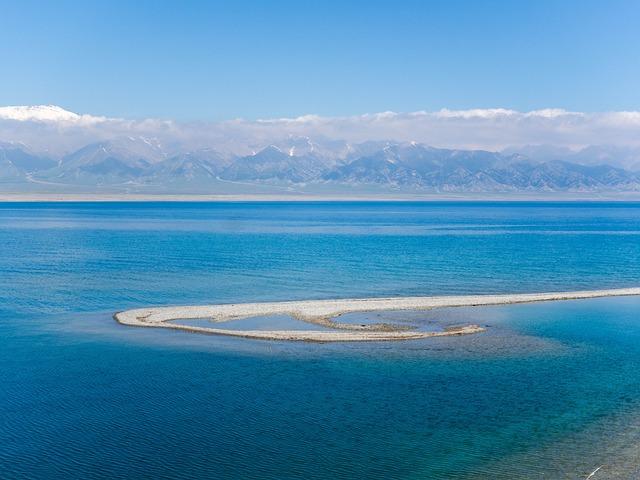 In Xinjiang, Sailimu Lake, Along The Way, Snow Mountain