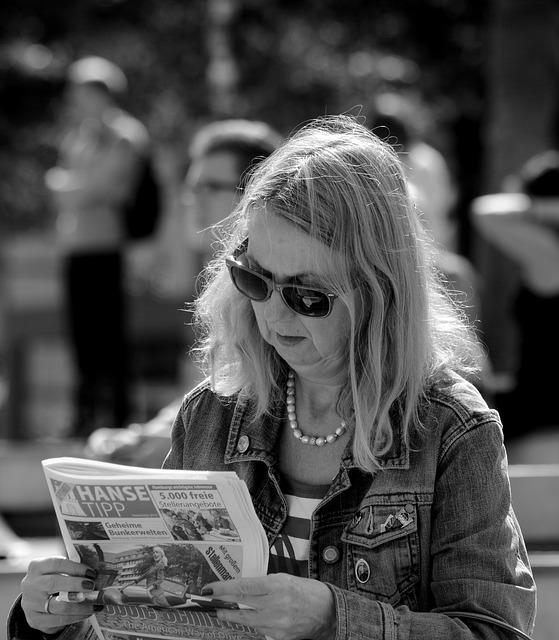 Woman, Hamburg, Alster, Sun, Street, Read