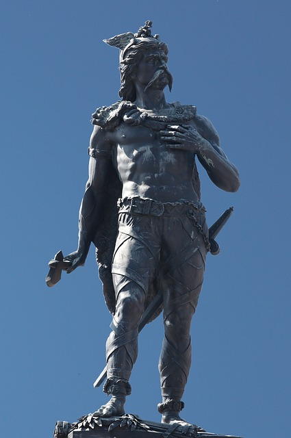 Ambiorix, Statue, Tongeren, Celtic King, Eburonen
