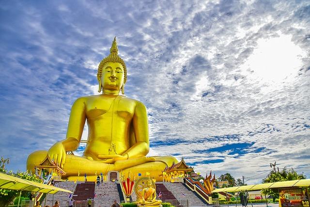 Ang Thong, Wat Muang, Buddha Statue