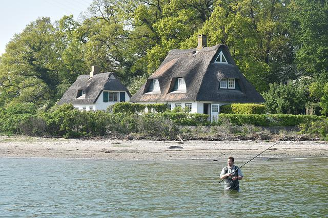 Schlei, Thatched Roof, Angler, Water, Fisherman