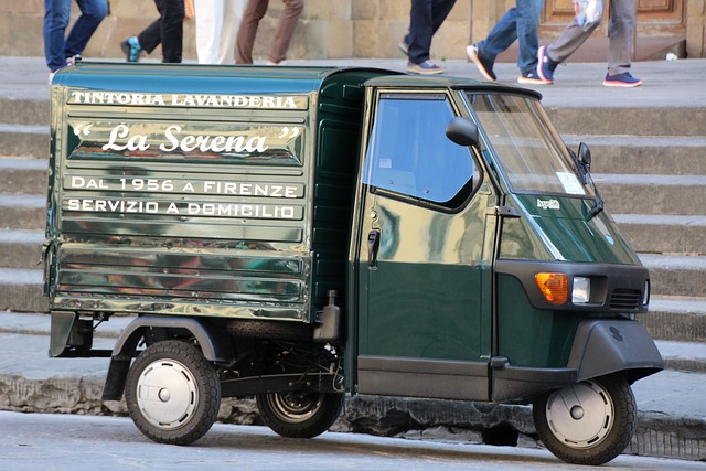 Ape, Piaggio, Tricycle, Italy