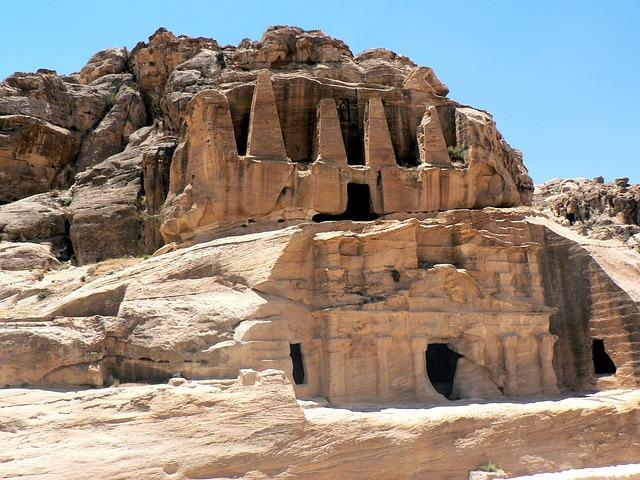 Petra, Pyramid, Falls, Archaeology