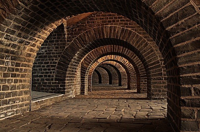 Vaulted Cellar, Tunnel, Arches, Keller, Cellar Speed