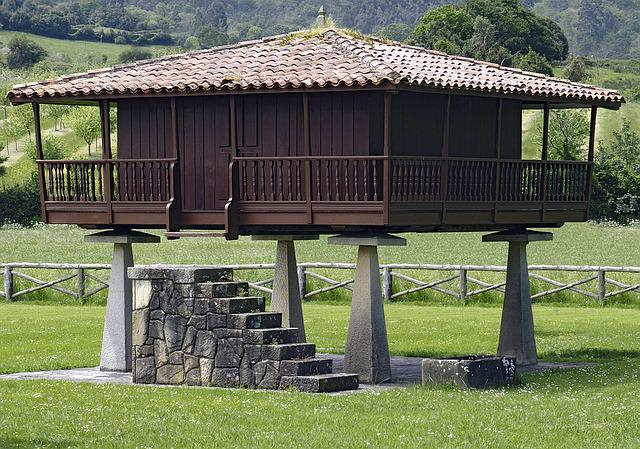 Architecture, I Horreo, Asturias, Spain, Green