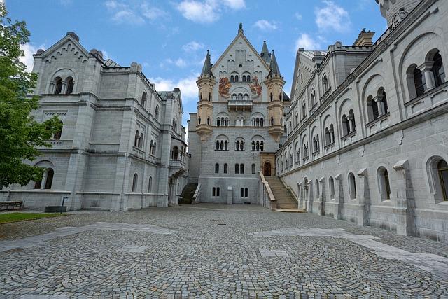 Neuschwanstein Castle, Architecture, Old, Travel