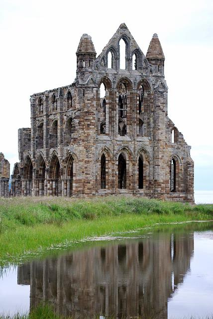 Whitby Abbey, Pond, Architecture