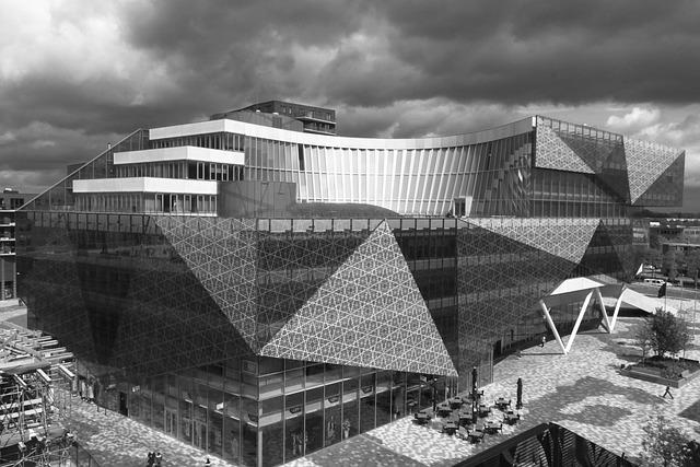 Nieuwegein, Town Hall, Architecture