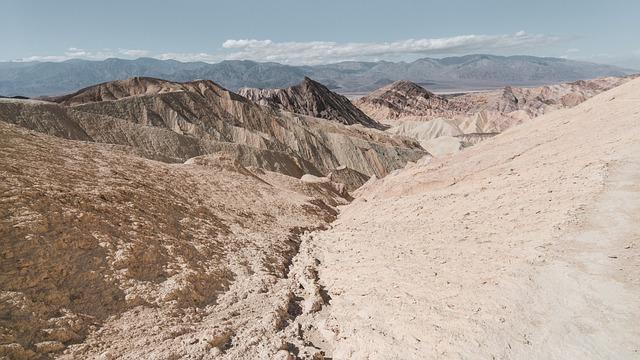 Valley, Crevice, Nature, Arid, Desert, Mountains