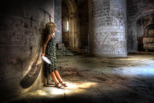 Church, Arles, Girl, Impeller, Light, Shadow, Hdr
