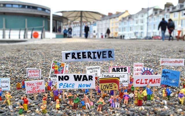 Protest, Models, Art, Artist, Joanna Bond, Abersytwyth