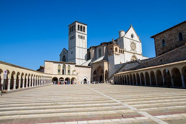 Assisi, Asiz, Square, Monastery