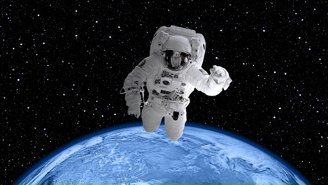 Space Suit, Astronaut, World, Earth, Planet, Globe