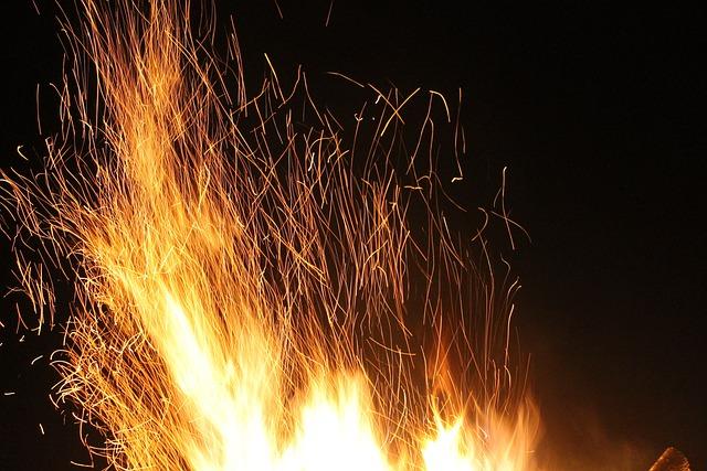 Fire, At Night, Long Shutter Speed, Red, Orange, Art