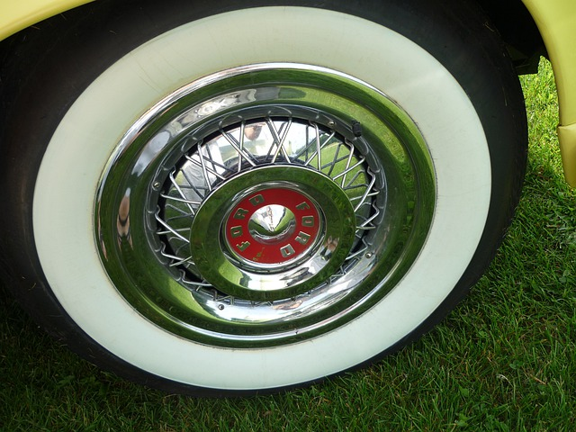 Auto, Mature, Wheel, Oldtimer, Whitewall Tires, Ford