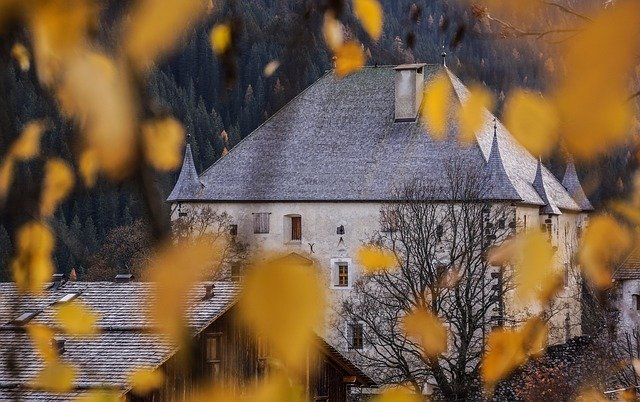 Castle, Hungary, Leaves, Autumn, Budapest, Architecture