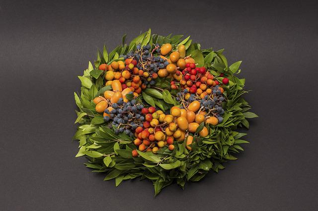 Autumn, Autumn Wreath, Bouquet, Flowers, Berries