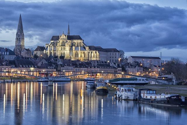The Blue Hour, Auxerre, Port, Yonne, Burgundy, City