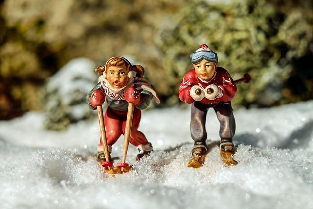 Skiing, Backcountry Skiiing, Winter, Skiers, Figure