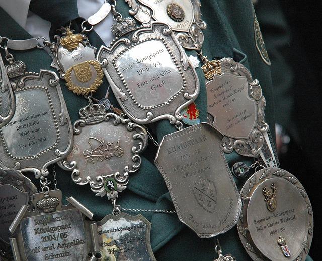 Champion Shot, Badge, Protect, Royal Silver