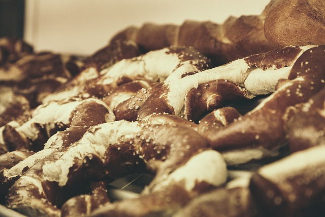 Pretzels, Pretzel, Bavarian, Tradition, Baked Goods
