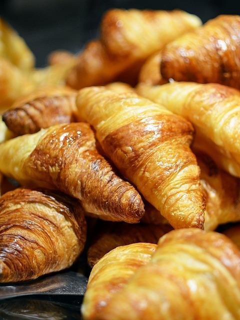 Bread, Croissant, Food, Breakfast, Snack, Baked, Bakery