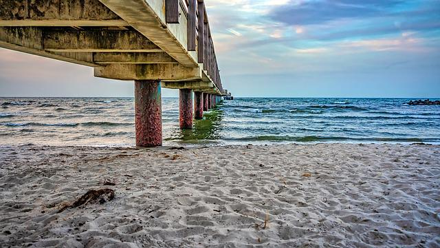 Sea Bridge, Pillar, Beach, Sand, Sea, Baltic Sea