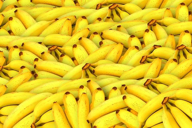 Bananas, Fruit, Yellow, Healthy, Fresh Fruit, Tropical