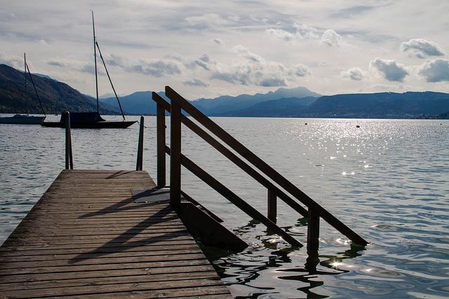 Web, Lake, Romantic, Mood, Nature, Water, Bank