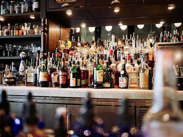 Alcoholic Beverages, Bar, Beer, Bottles, Counter