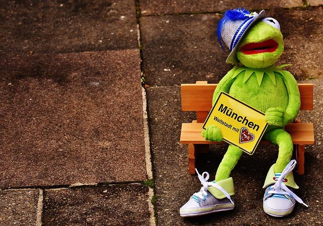 Munich, Bavaria, Cosmopolitan City, Kermit, Hat, Frog