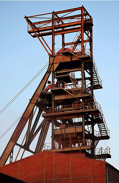 Headframe, Evening Sun, Bay System
