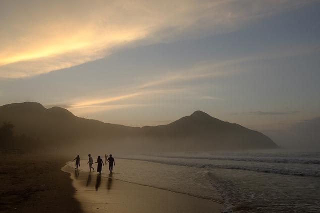 Asaka, Chenguang, Beach