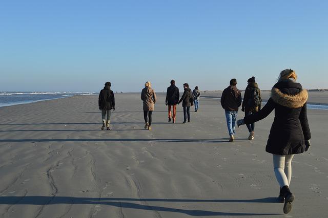 Group, Beach, Friends, Friendship, Holiday, City walk