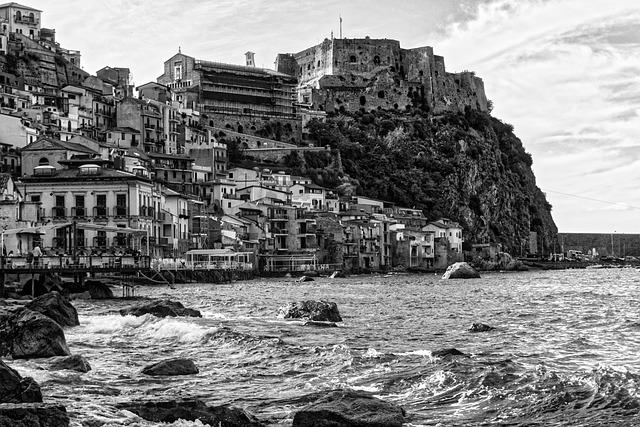 Sea, Beach, Sand, Calabria, Rocks, Horizon, Summer