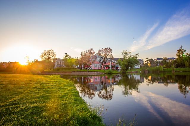 Beautiful Lake, Golf Course, Sunset, Cloud