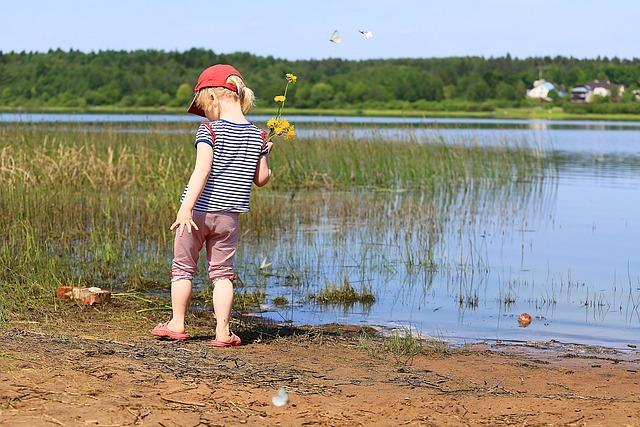 Girl, Baby, Lake, Landscape, Beauty, Living Nature