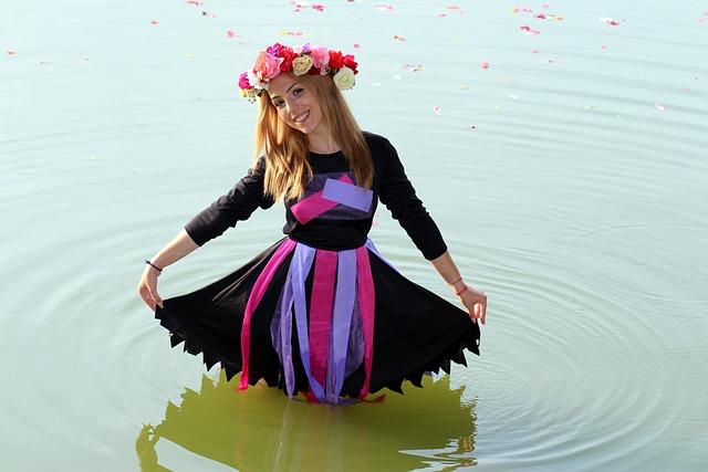 Girl, Wreath, Water, Fairy, Blonde, Beauty