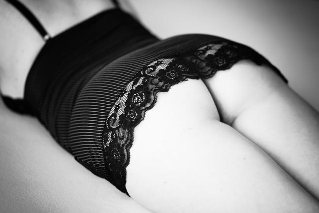 Bed, Sensual, Butt, Female, Seductive, Femininity